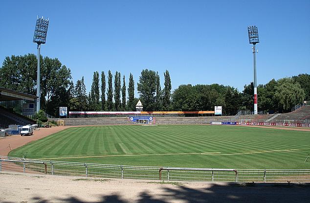 Böllenfalltor, Stadion von Darmstadt 98